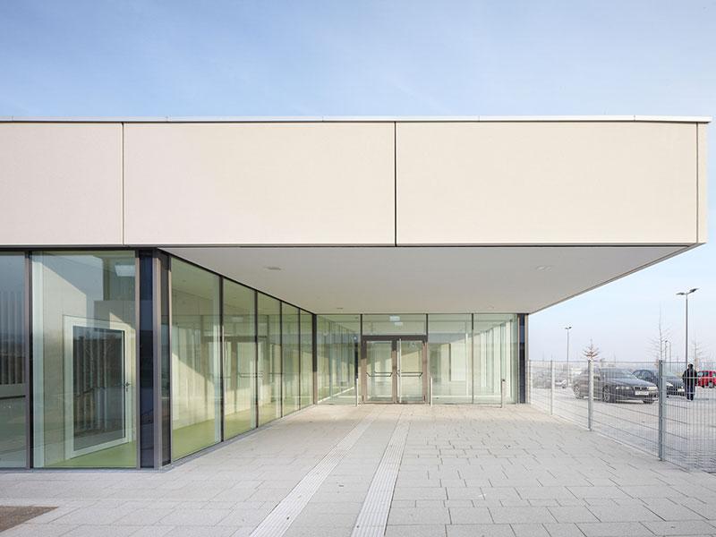 Architekt in Frankfurt finden für Schulbau Kita Sporthalle