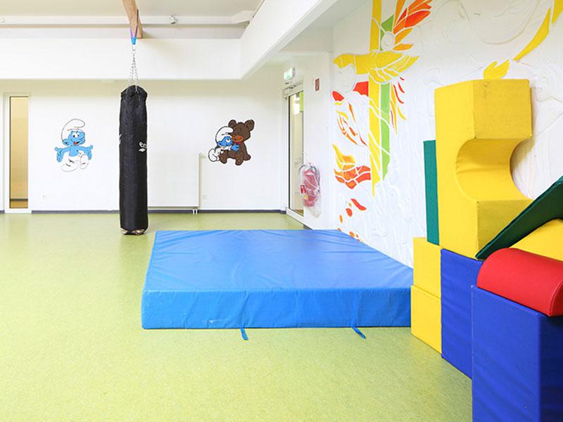 bauen für menschen mit beeinträchtigung umbau kinderhaus jona offenbach